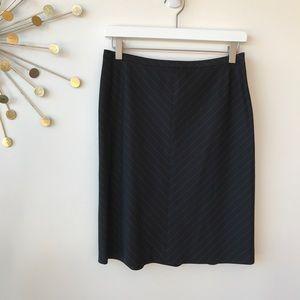 Ann Taylor Peities black pinstripe Aline skirt 6P